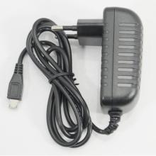 Универсално зарядно за таблети за 220V - microUSB - 2A